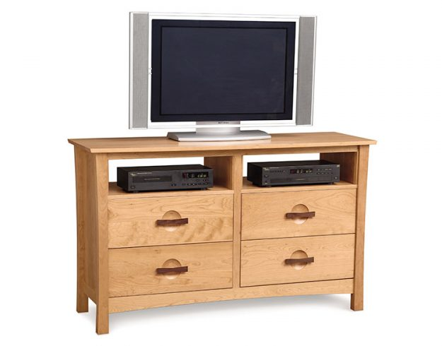 Copeland Berkeley Bedroom 4 Drawer Dresser + TV